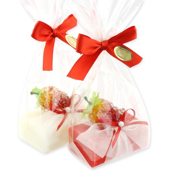 Schafmilchseife eckig 100g, dekoriert mit Erdbeere in Cello, Classic/Erdbeere