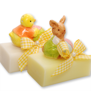 Sheep milk soap 100g, decorated with a chicken/rabbit, Classic/cowslip